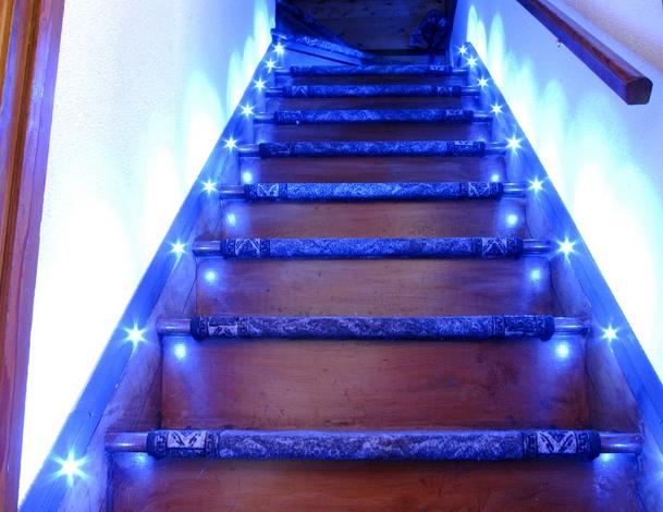 Подсветка для лестницы своими руками 503